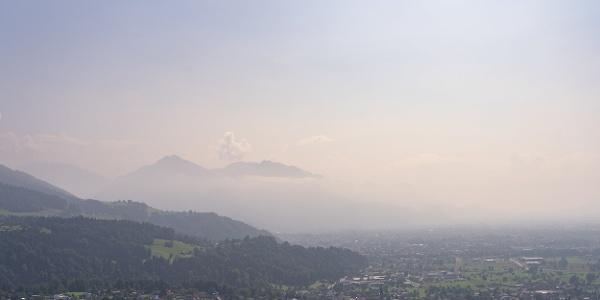 Blick ins Rheintal von Bildstein  (c) packyourthingsandtravel / Vorarlberg Tourismus
