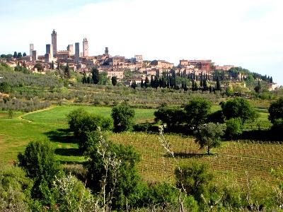 Blick zurück nach San Gimignano