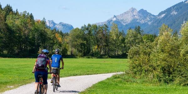 Gut ausgebaute Radwege im Naturpark Ammergauer Alpen