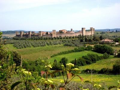Monteriggioni von Süden