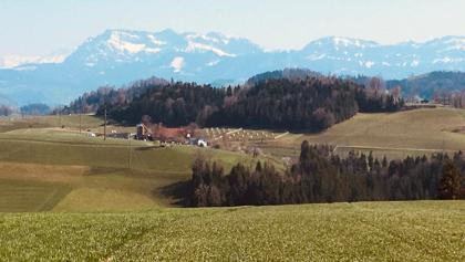 Blick auf Pilatus auf Strecke Willisau - Menzberg