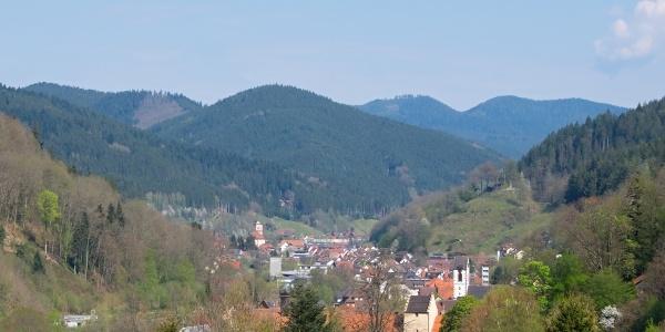 Blick ins Wolftal von Wolfach über Oberwolfach