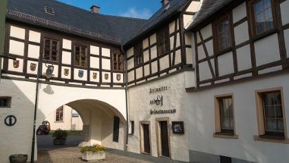 Museum Adorf mit Perlmutterausstellung