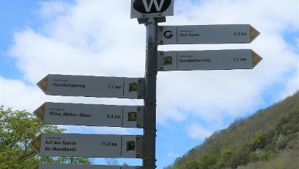 Wanderwege Bad Bertrich-Einstieg Tourist Info