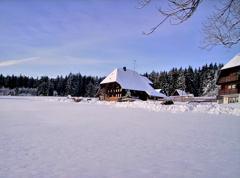 Zwei winterliche Dörfer