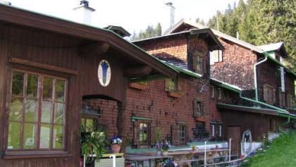 Vorderkaiserhütte
