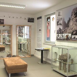Topaszimmer im Mineralienzentrum am Schneckenstein