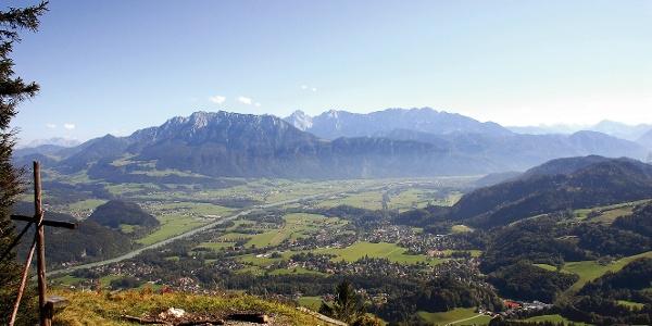 Aussicht Wildbarren Gipfel auf das Kaisergebirge
