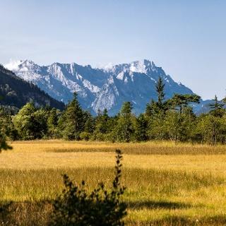 Traumhafter Zugspitzblick zwischen Eschenlohe und Garmisch