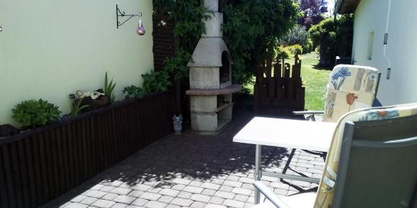 Ferienwohnung-Weinfeld Garten
