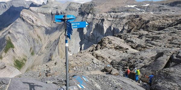 Auf dem Abstieg vom Vorab; Richtung Martinsmadhütte SAC