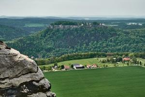 Foto Blick vom Lilienstein zur Festung Königstein