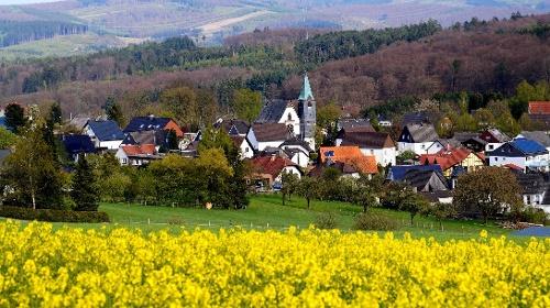 Über den Höveler Knapp zum Schloss Melschede