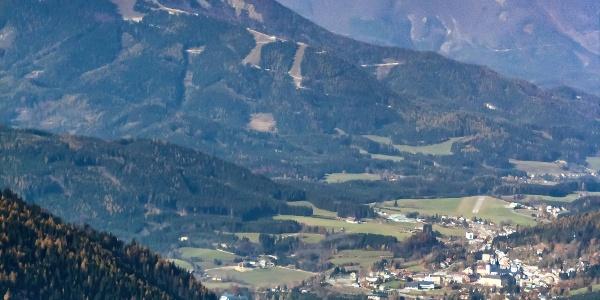 Ausblick von der Tonion auf Mariazell