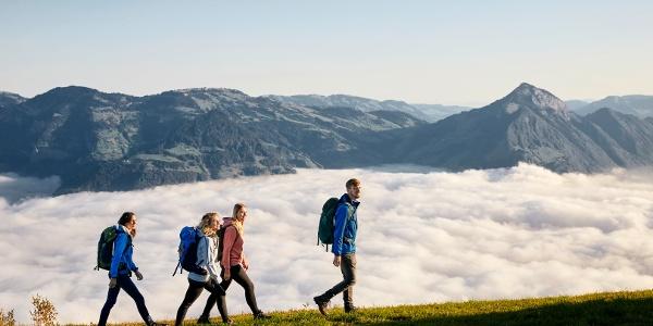 Wanderung über der Nebeldecke auf der Klewenalp