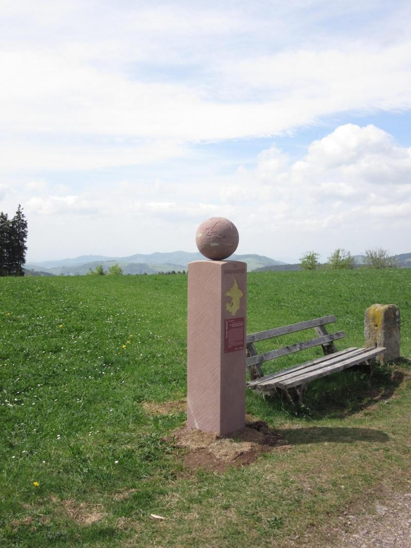 Stelenweg - Grenzsteine vom Augustinerplatz zur St. Wolfgangskapelle (Thurner)