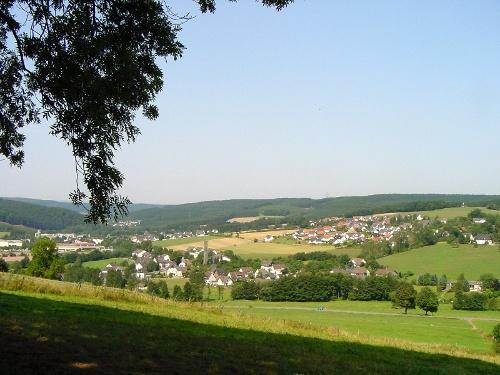 Über die 7 Fußfälle zur Hubertushöhe mit schöner Aussicht