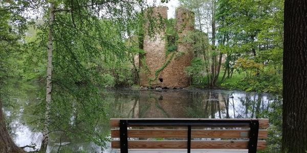Wasserschloss Mechelgrün im Vogtland - Blick auf den einstigen Rundturm
