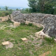 Krypta-Reste der historischen Peterskirche