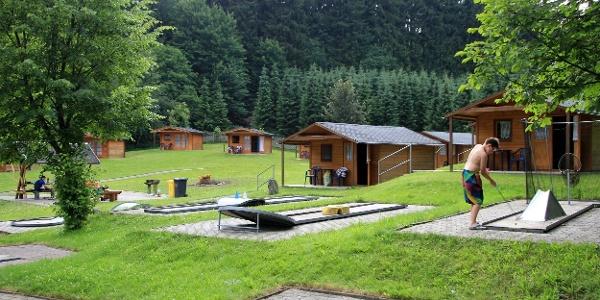Minigolf na koupališti v Gelenau