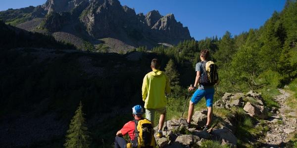 On the way to Cauriol Peak