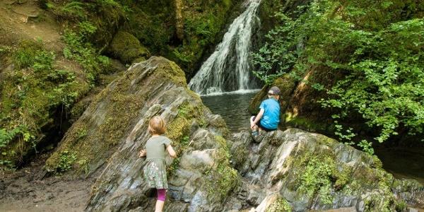 Kinderwanderspaß im Tal der Wilden Endert
