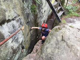 Foto Die letzten Meter zur Aussichtsstelle auf dem Arnstein