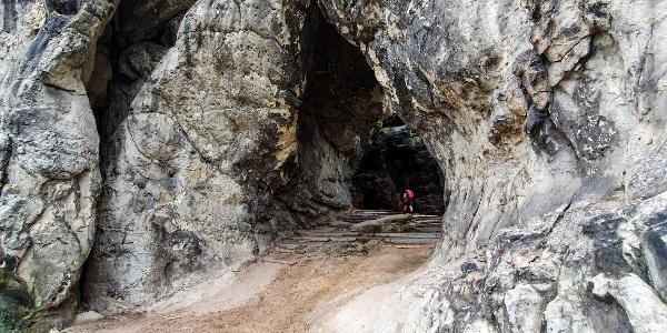 Die Kleinsteinhöhle von außen