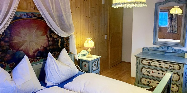 Wohnung 4 - Schlafzimmer 1a