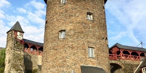Burg Stahleck in der Morgensonne
