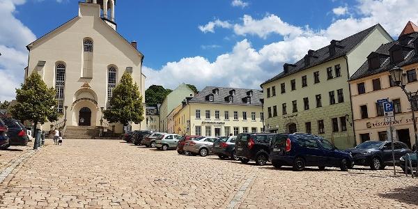 Altmarkt Auerbach/Vogtland mit Laurentius Kirche
