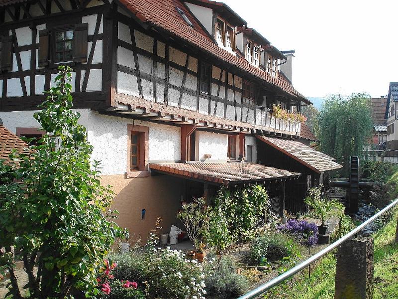 Aussichtsberge und Fachwerk zwischen Murg- und Albtal