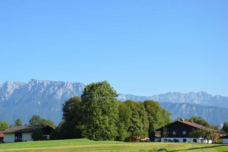 Blick zum Kaisergebirge von Niederaudorf aus