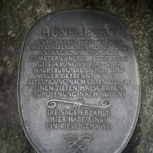 Gedenktafel an der Hünenburg