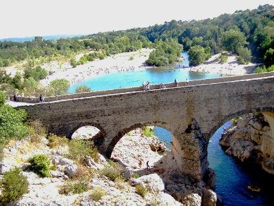 Pont du Diable ausgangs der Gorges d'Hérault