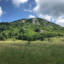Kétágú-hegy
