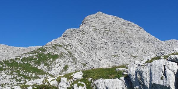 Blick zum SO Grat und Gipfel