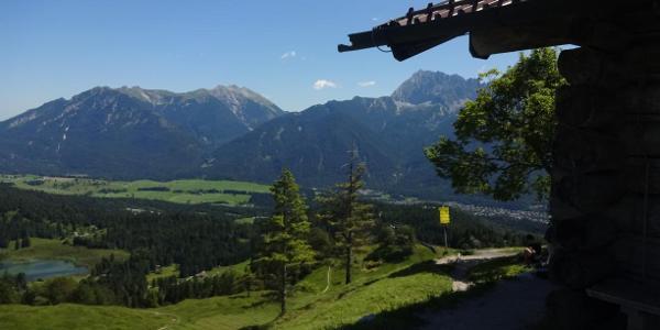 Blick vom Hohen Kranzberg auf das östl. Karwendel