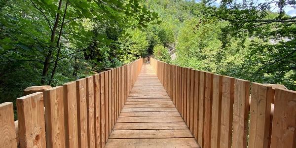 Il sentiero Tracciolo tra Sporminore e Sorgente Busoni