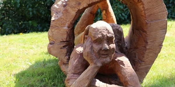 "Roger Löcherbach - ""Mann im Baum"""