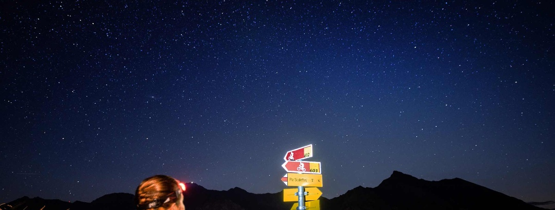 Nachtwandern: Graubünden by Night