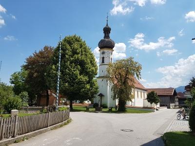 Kirchplatz in Rottau