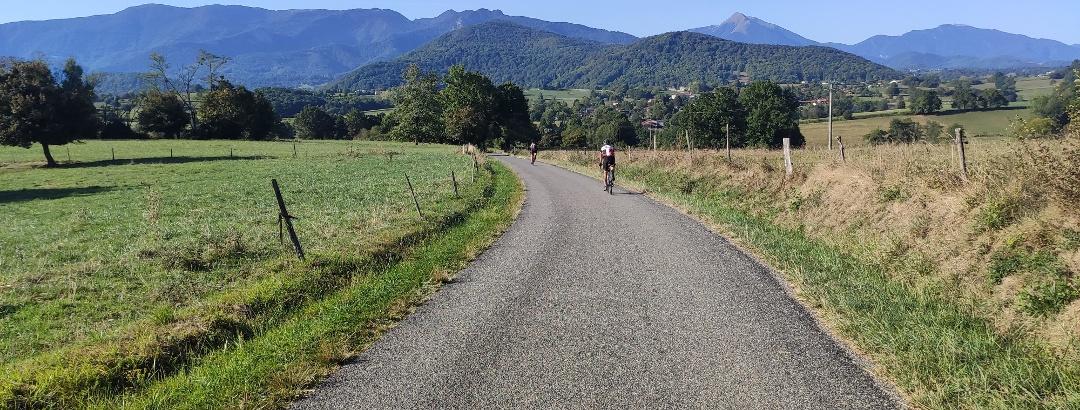 Balade en vélo de route vers le Col de Larrieu