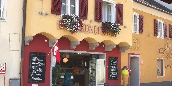 Cafe Intakt in der Innenstadt Pöchlarn Aussenansicht