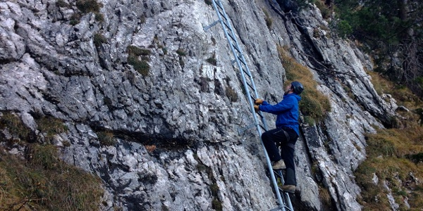 Klettersteigen am Tegelberg.