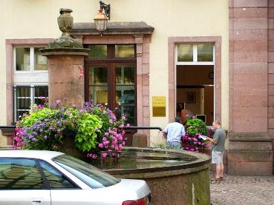 Riquewihr; Brunnen beim unteren Tor
