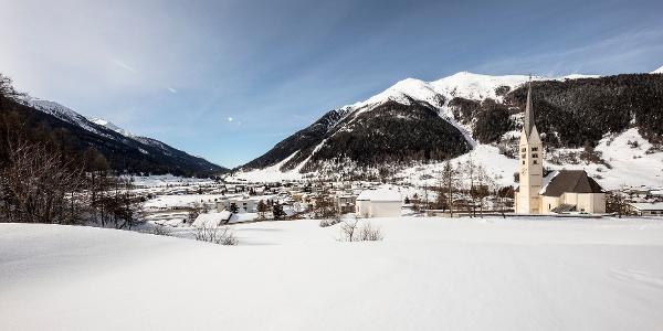 Ausblick aufs Dorf Zernez