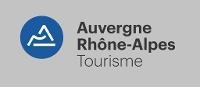 logo-auvergne-rhone-alpes-tourisme-blanc-cmjn