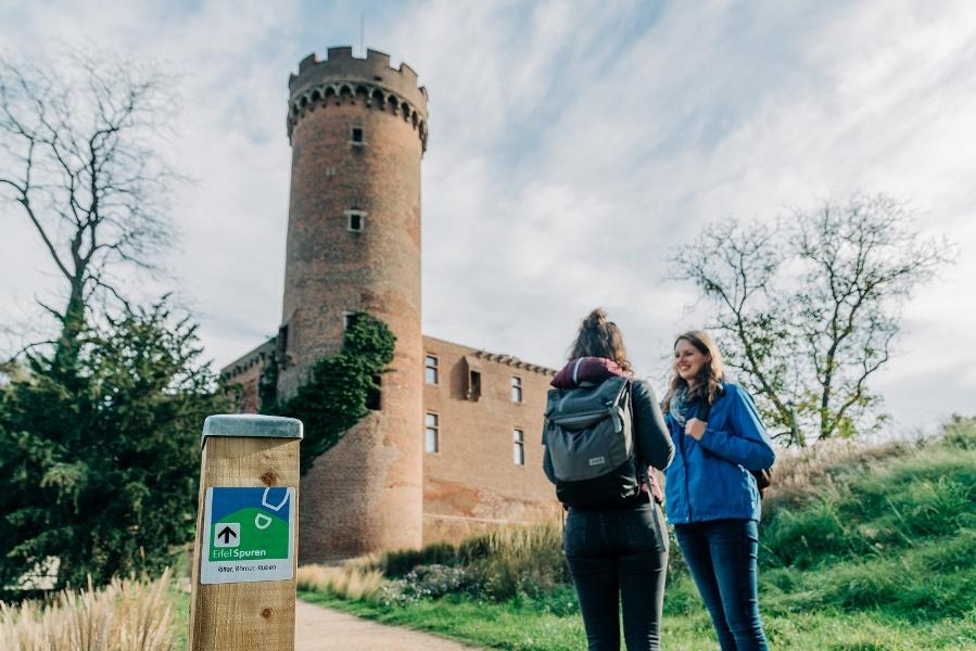 Foto: Blick auf die Landesburg Zülpich