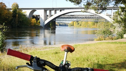 Мост Кориа через реку Кюмийоки